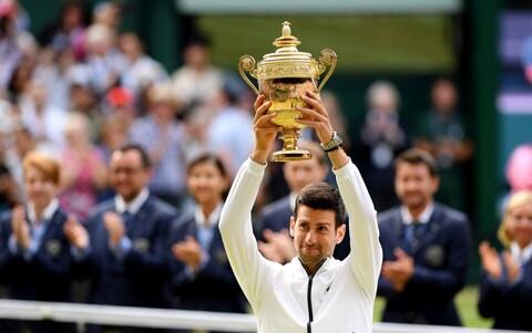 Nét thú vị độc nhất trên chiếc Cúp vô địch Wimbledon được trao cho Djokovic