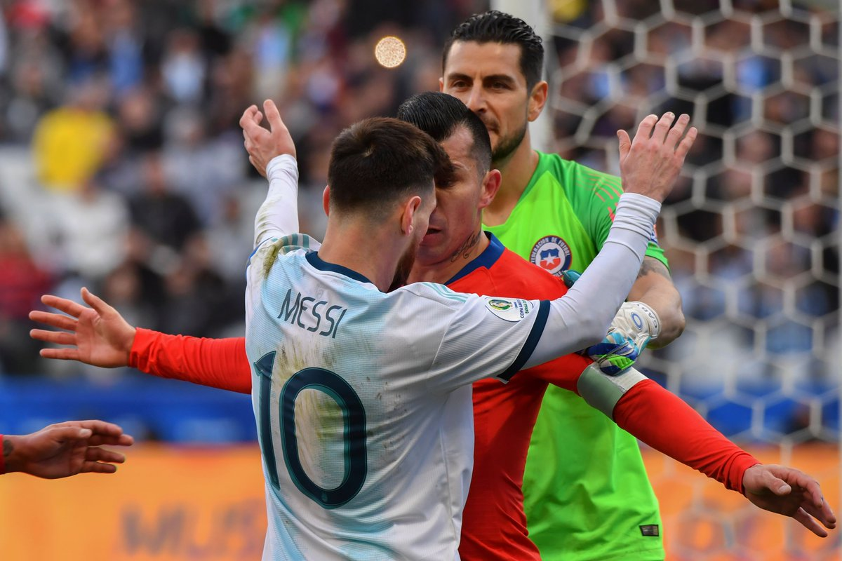 Messi đạt cột mốc kiến tạo, Aguero đóng góp số 1 và những điểm nhấn từ trận Argentina vs Chile
