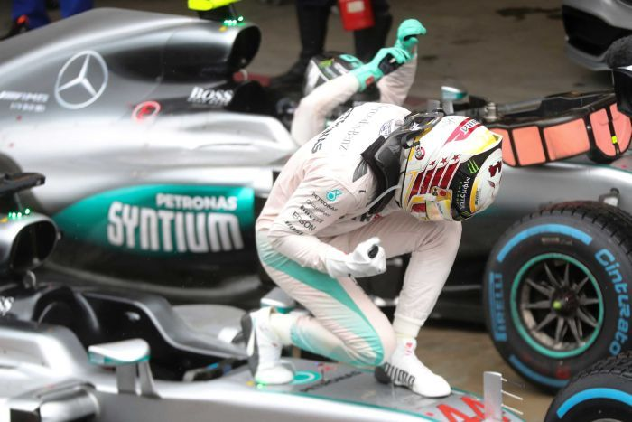 Bản tin Thể thao 24h: Thắng làm vua, thua làm... ăn mày hay chuyện lương của các tay đua F1
