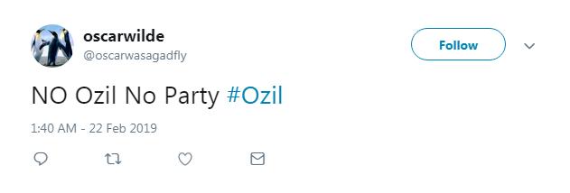 CĐV Arsenal phấn khích với sự trở lại của Ozil ở trận thắng BATE Borisov