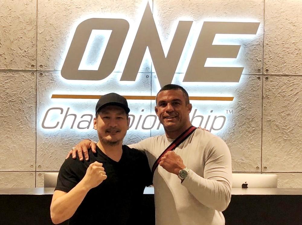 Vitor Belfort đang thả thính việc thượng đài ONE Championship