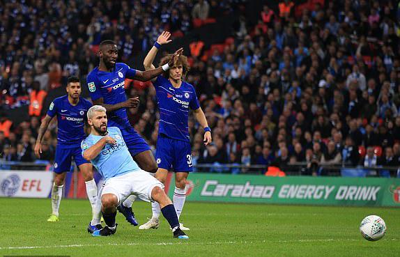 Loạt luân lưu may rủi và 5 điểm nhấn ở chung kết Carabao Cup giữa Chelsea và Man City