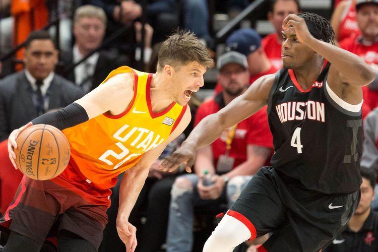 Nhận định NBA: Houston Rockets vs Utah Jazz (ngày 25/4, 7h00)