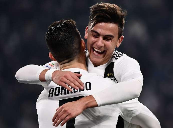 So sánh giữa Benzema và Dybala khi đá với Cristiano Ronaldo