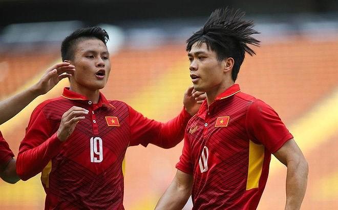 Tỷ phú người Việt có thể đưa Công Phượng, Quang Hải đi đá Champion League