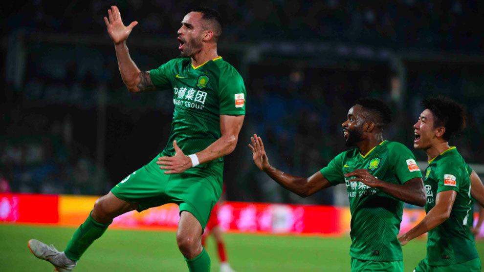 Kết quả Beijing Guoan vs Buriram (2-0): Ra về trắng tay