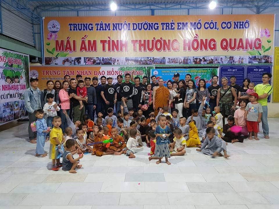 """Cao Hoài Hương – """"bảo mẫu"""" có một không hai giữa làng võ Sài Gòn"""