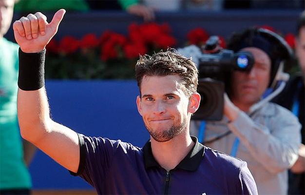 Rafael Nadal bị loại khỏi Barcelona Open do đụng phải Djokovic phiên bản 2.0