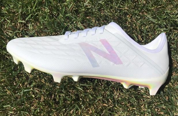 New Balance ra mắt mẫu giày Furon V5