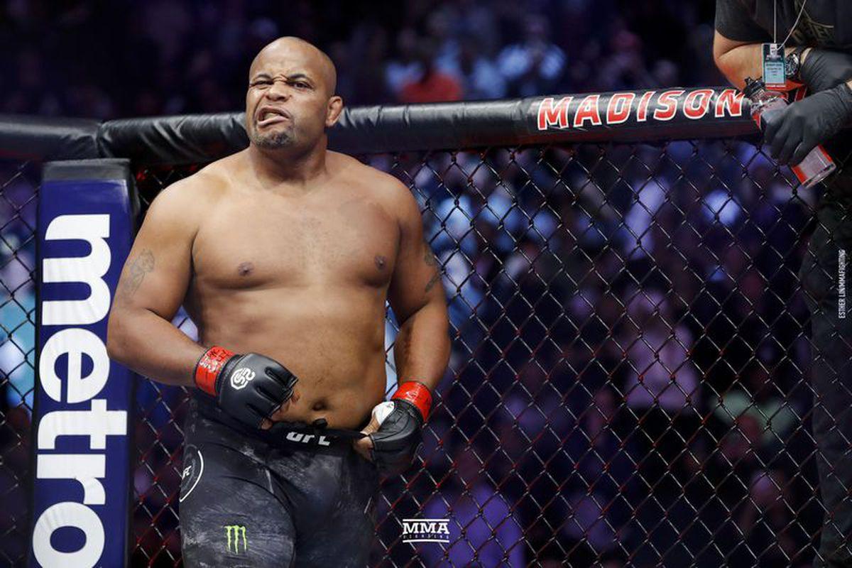 Dana White xác nhận: Brock Lesnar giải nghệ, không quay về UFC