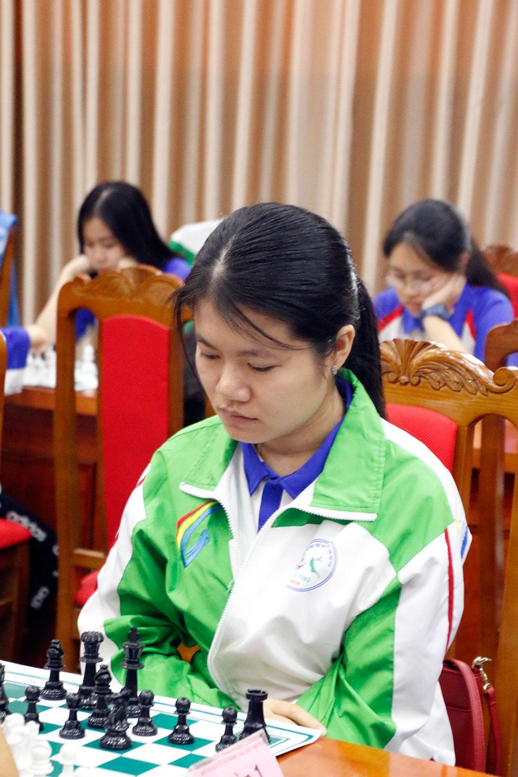 Vợ chồng Nguyễn Ngọc Trường Sơn – Phạm Lê Thảo Nguyên vô địch cờ nhanh giải toàn quốc 2019