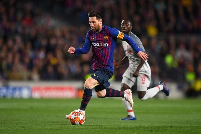 Messi khiến CĐV Barca phát cuồng với tình huống nỗ lực ngoạn mục bên cánh phải