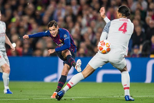 Messi nói gì với CĐV sau khi ghi bàn đầu tiên vào lưới Liverpool?