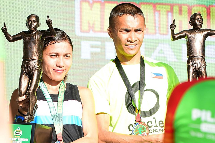 """""""Khắc tinh SEA Games 30"""" của Hồng Lệ lập kỷ lục cá nhân mới tại Giải marathon quốc gia Philippines"""