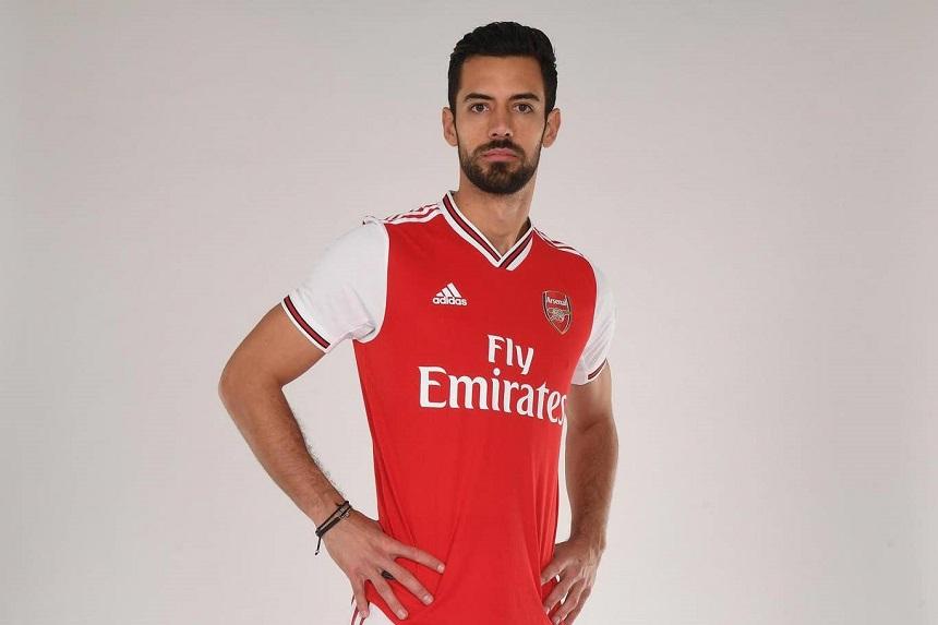 Arsenal chính thức có tân binh đầu tiên để củng cố hàng thủ