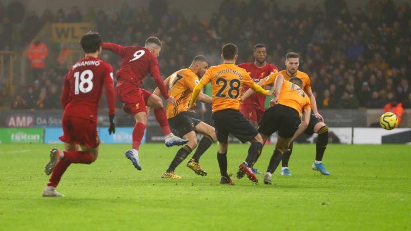 Sao Liverpool đe dọa kỷ lục ghi bàn của huyền thoại MU