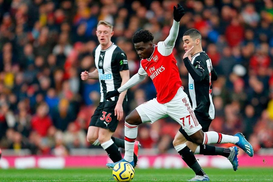 Sao tuổi teen của Arsenal kiến tạo với số lượng kinh ngạc
