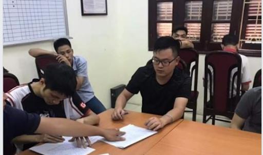 3 game thủ AOE nổi tiếng dính vòng lao lý cùng bầu Huấn