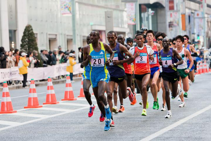 """Tokyo Marathon 2020 """"hủy đăng ký"""" của 38.000 VĐV không chuyên vì dịch cúm virus corona"""