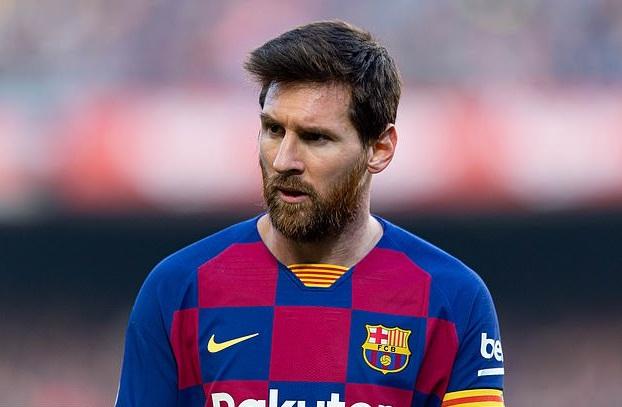 Messi giải thích lý do khẩu chiến với Giám đốc Eric Abidal tại Barca