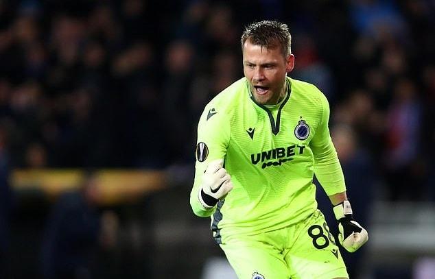 Thủ môn MU gây choáng váng với sai lầm khó tin ở trận gặp Club Brugge