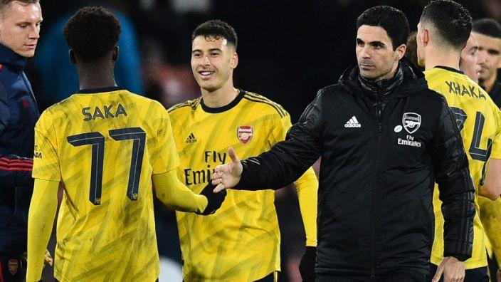 Sao trẻ Arsenal được khen đạt đẳng cấp như Bergkamp, Giggs hay Scholes