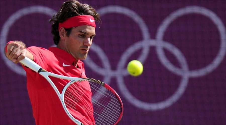 Roger Federer buộc phải bỏ Roland Garros do mổ đầu gối