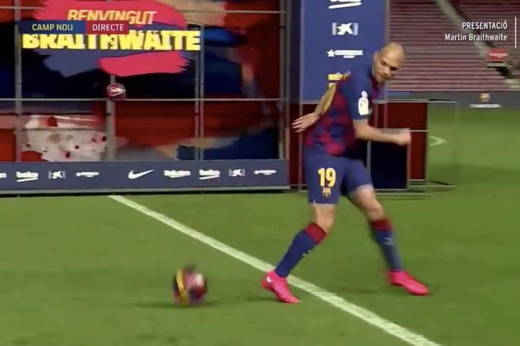 Tân binh Barca và những cầu thủ có màn ra mắt tệ hại nhất