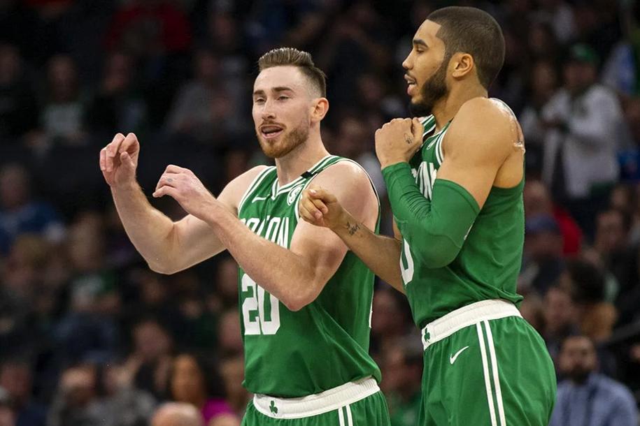 Boston Celtics lập kỳ tích mới chỉ xuất hiện lần thứ hai trong lịch sử CLB