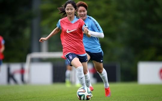 COVID-19 bùng phát, ĐT nữ Hàn Quốc gấp rút tìm địa điểm mới để đấu Trung Quốc