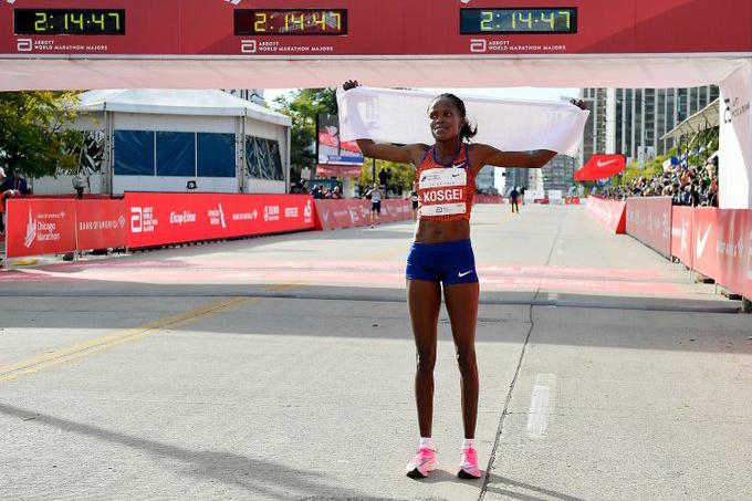 Kỷ lục thế giới chạy marathon nữ chính thức được công nhận sau… hơn 4 tháng thiết lập