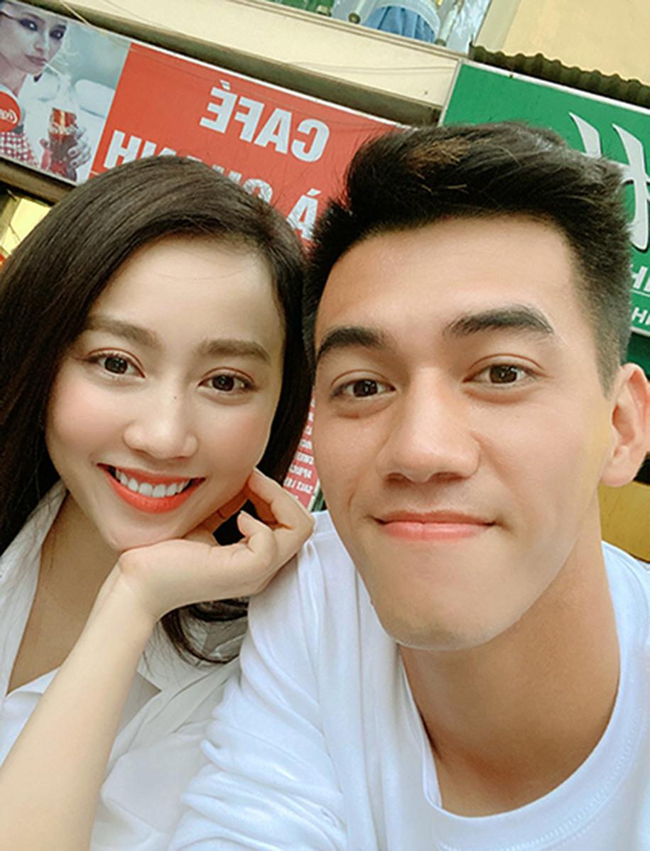 Những cuộc tình chóng vánh của Tiến Linh cùng hot-girl giới showbiz Việt