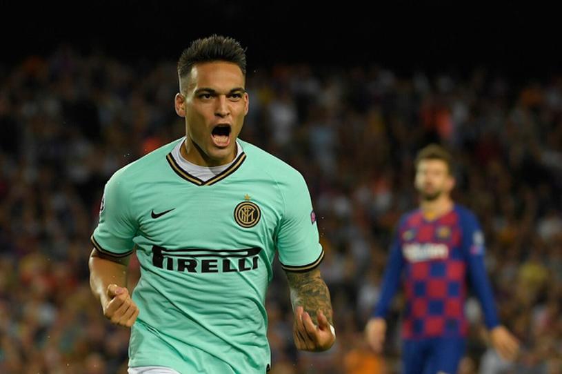 Lautaro Martinez khiến Barca và Real đại chiến trên TTCN