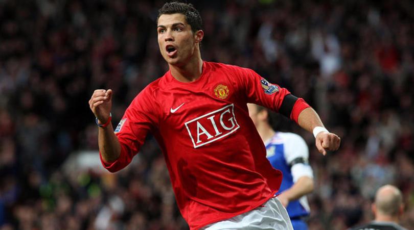 Thương vụ Ronaldo đến MU được siêu cò tiết lộ chi tiết đặc biệt