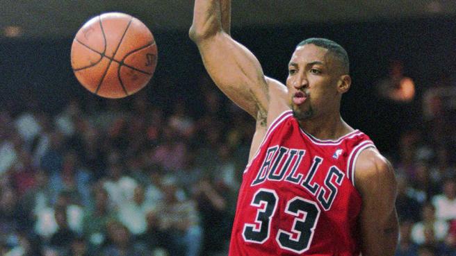 Bị Chicago Bulls sa thải, huyền thoại Scottie Pippen cà khịa cực mạnh