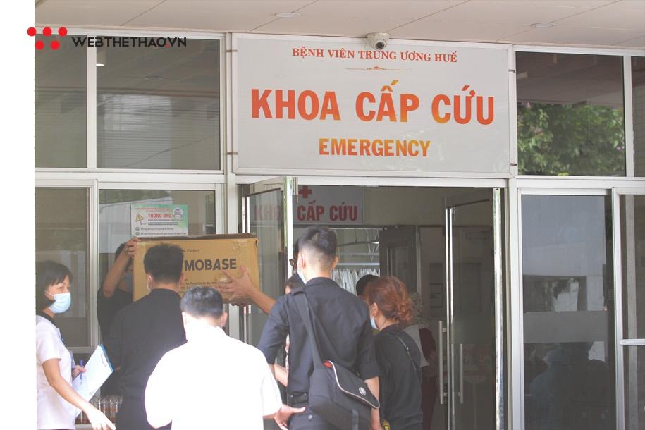 """The Coffee House """"Cảm ơn"""" y, bác sĩ Bệnh viện Trung ương Huế"""