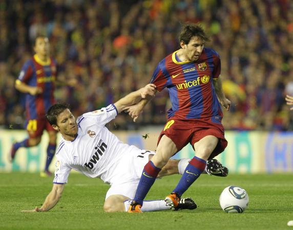 9 năm sau trận chung kết gây tranh cãi giữa Barca và Real Madrid