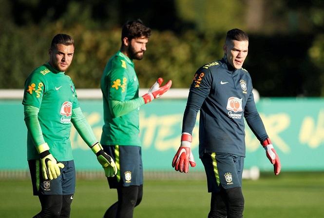 Bóng đá Brazil xuất khẩu cầu thủ số 1 thế giới