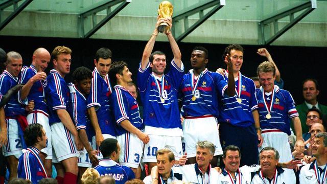 Mbappe sát cánh Zidane trong đội hình tuyển Pháp vĩ đại nhất