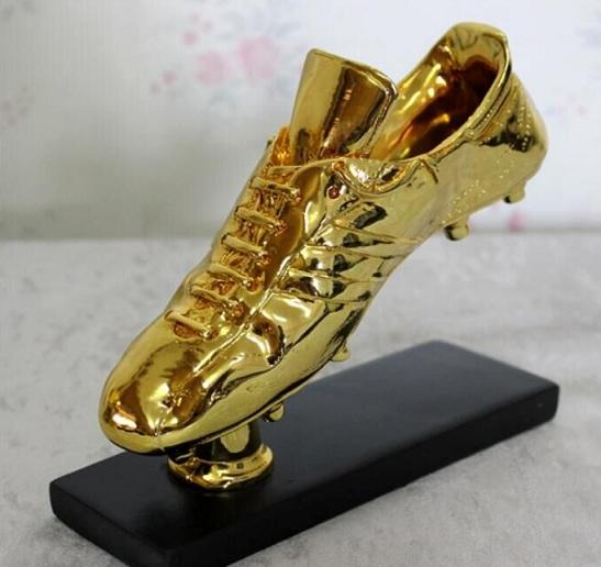 Danh sách Chiếc giày vàng World Cup qua các năm
