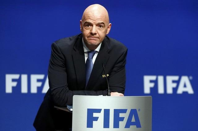 """LĐBĐ Việt Nam sẽ được nhận 12 tỷ đồng gói """"cứu trợ"""" COVID-19 từ FIFA"""