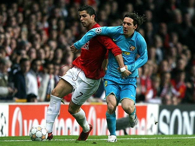 Kỷ niệm 12 năm ngày Ronaldo và Messi lần đầu chạm trán nhau