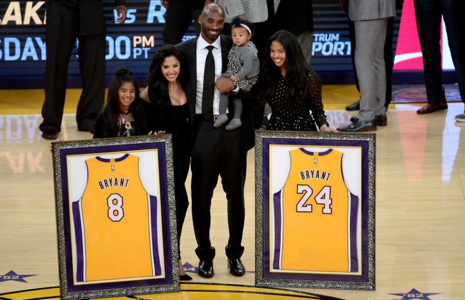Vì sao Kobe Bryant chọn áo số 8?