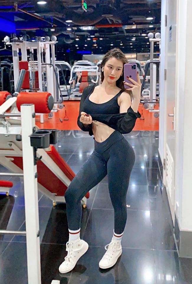 """""""Nữ hoàng phòng gym"""" Trang Lê chia sẻ cách tăng cân mà nhìn vẫn gầy"""