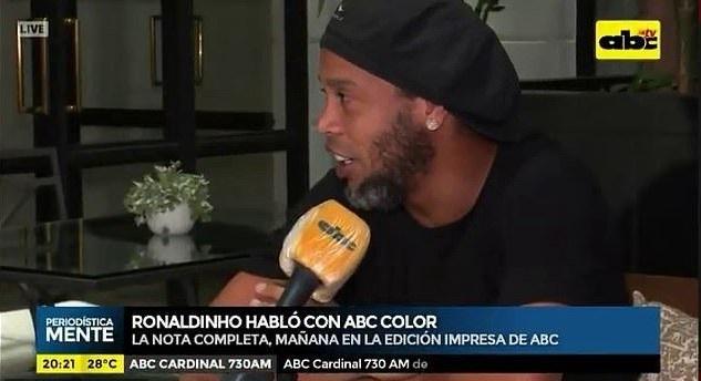 Ronaldinho sốc và bất ngờ khi bị bắt cùng anh trai ở Paraguay