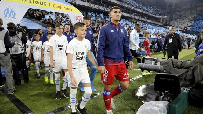 PSG vẫn lên ngôi vô địch Ligue 1 dù mùa giải bị hủy