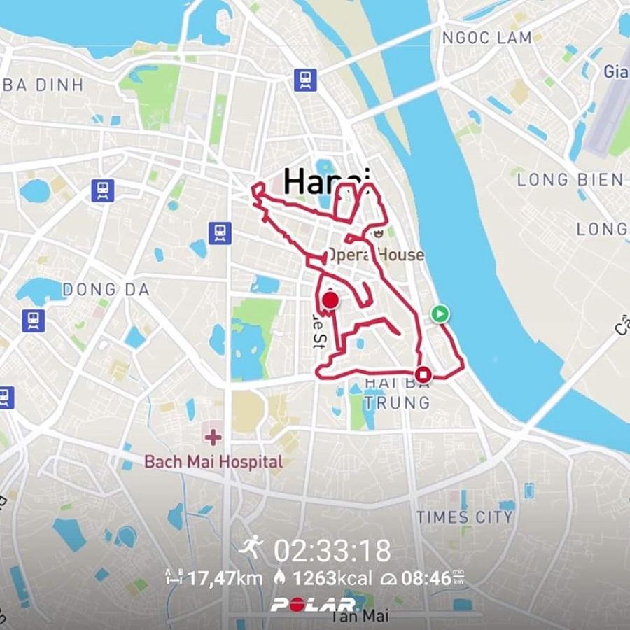 Ngày cuối năm, Runner múa chân vẽ hình chuột đón xuân Canh Tý
