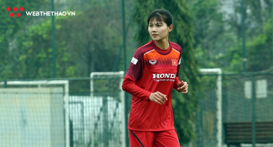 Các tuyển thủ hồ hởi đi tìm biệt danh cho ĐT nữ Việt Nam