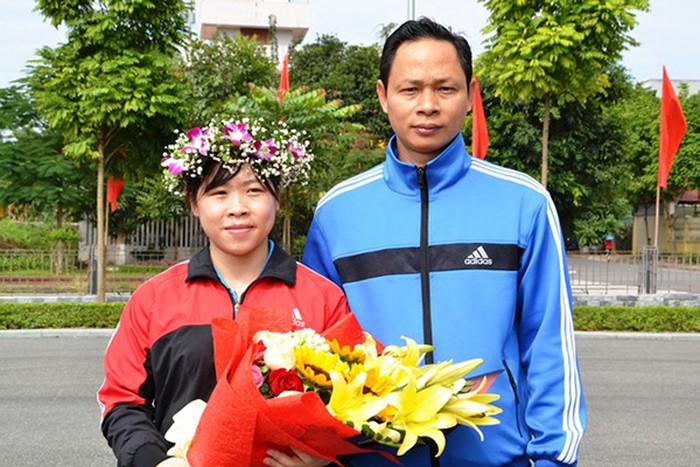 Hoàng Thị Duyên: Từ gánh củi rừng trên vai đến giấc mơ huy chương Olympic cử tạ