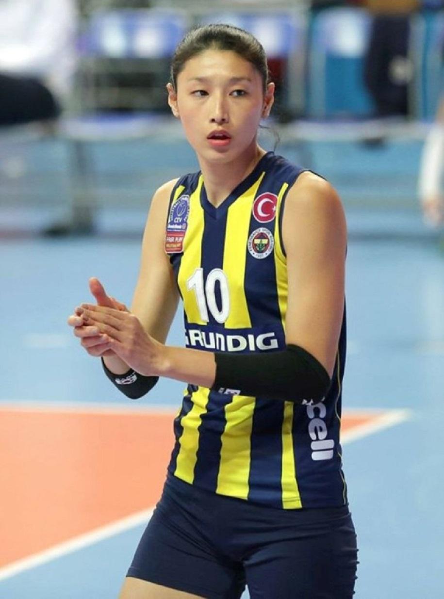Kim Yeon-koung - VĐV bóng chuyền giàu có và giỏi giang xứ Kim chi